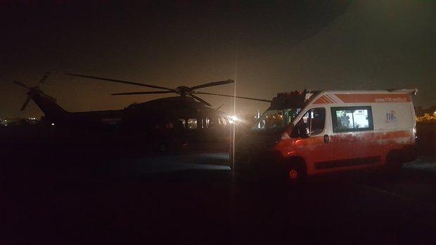 Elicottero In Tedesco : Elicottero dell aeronautica di trapani soccorre