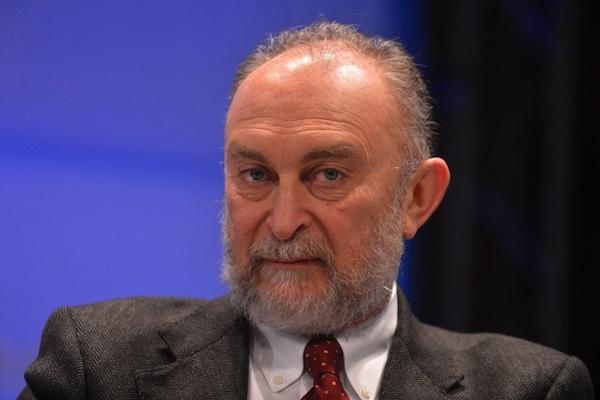 Senatore d al nuovo vice capogruppo dei senatori di forza for Senatori di forza italia