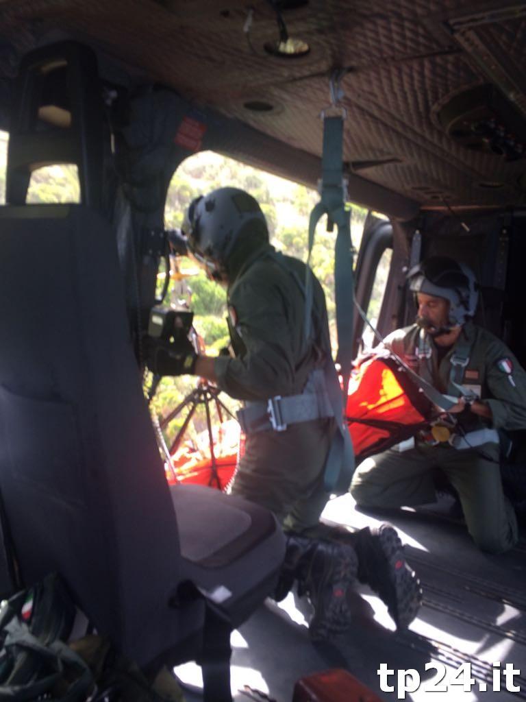 Un Elicottero : Giovane rischia la vita allo zingaro salvato da un elicottero