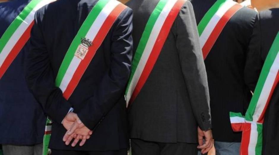 Stop al bando periferie l 39 anci sicilia non ci sta e for Deputati siciliani
