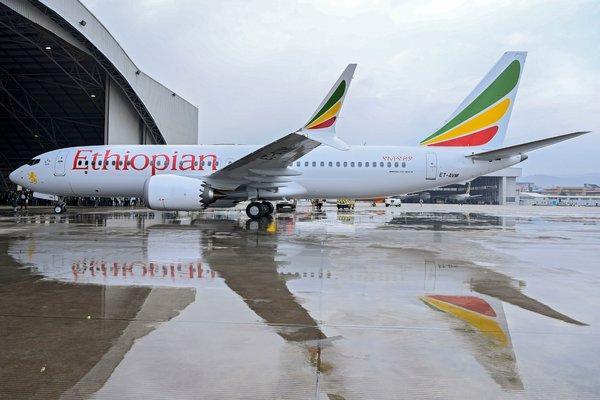 Quali Paesi e quali compagnie hanno bandito il Boeing 737 Max 8