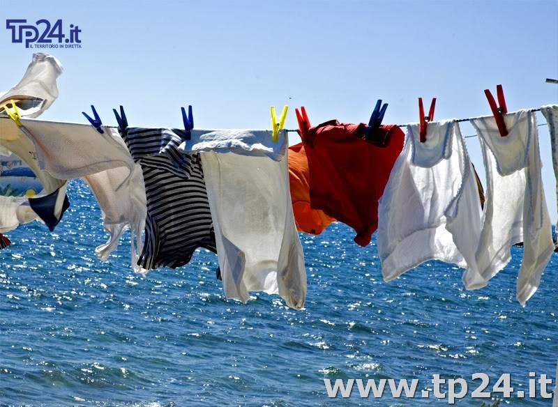 Rubava reggiseni e mutandine stesi ad asciugare preso un - Asciugare panni in casa ...