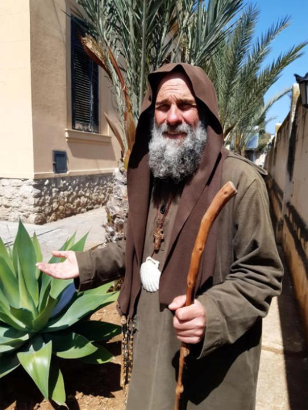 Biagio Conte digiuna e prega da due settimane contro le dipendenze
