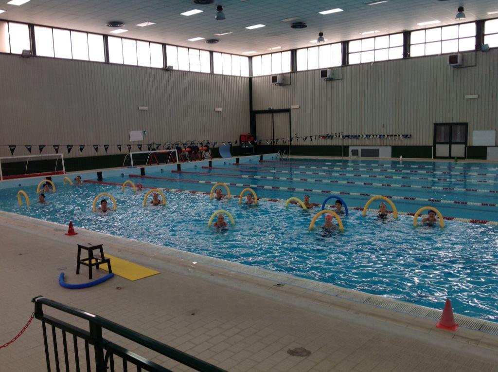 Acqua torbida e puzzolente alla piscina comunale di marsala - Acqua orecchie piscina ...
