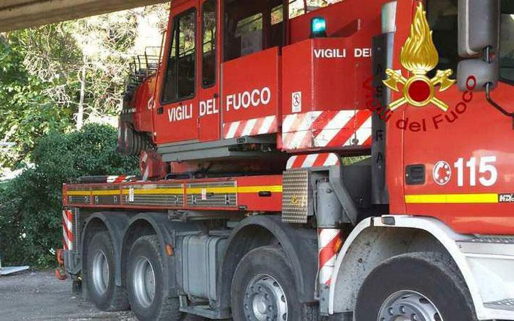 Incendio sul traghetto Napoli-Palermo, passeggeri in salvo: