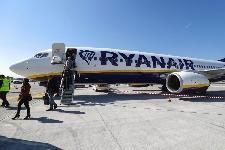 Ryanair rimuove il supplemento per il cambio volo a luglio ed agosto