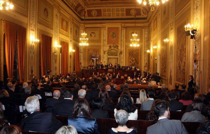 I deputati regionali siciliani vogliono bloccare l for Deputati siciliani