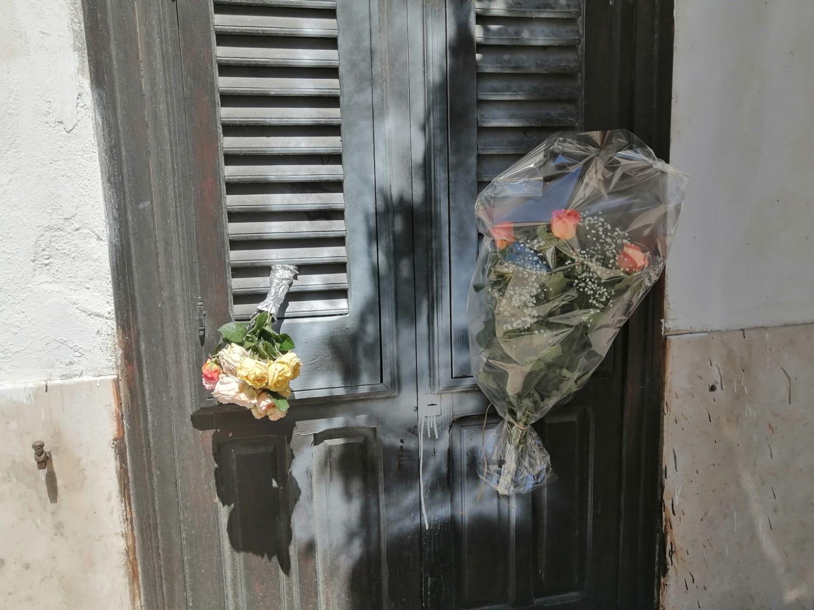 Marsala, il mistero della morte di Piccione. Chi ha lasciato i fiori prima della scoperta del cadavere?