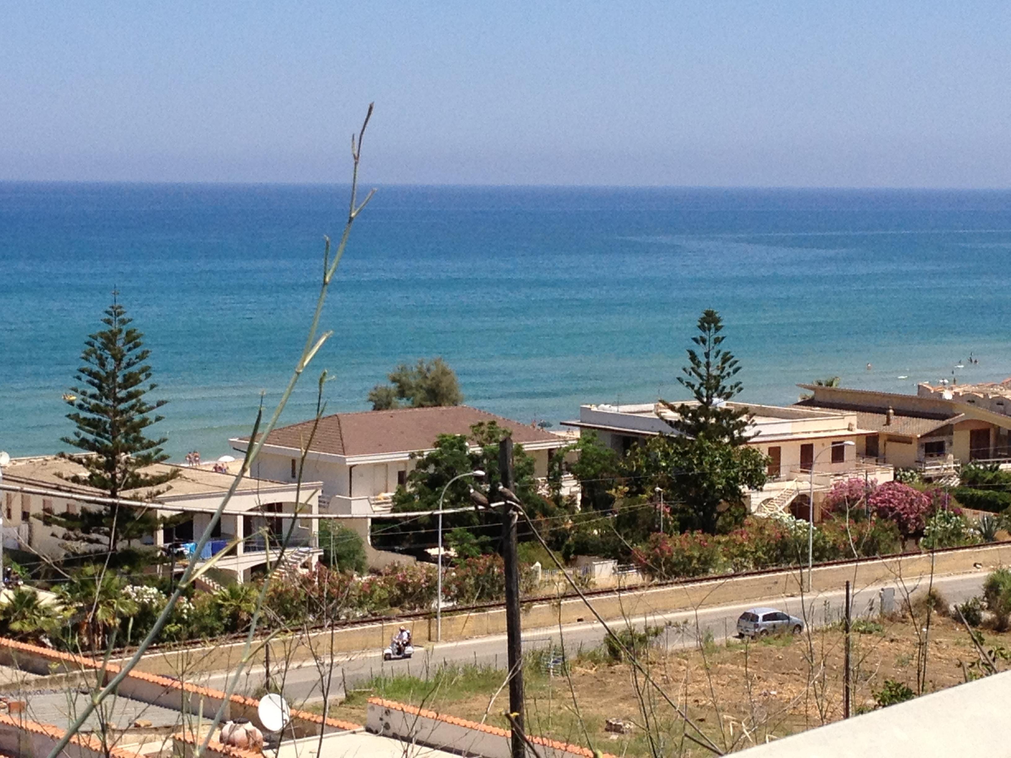 Matrimonio Spiaggia Alcamo : Alcamo marina si indaga sul caso del cadavere trovato in