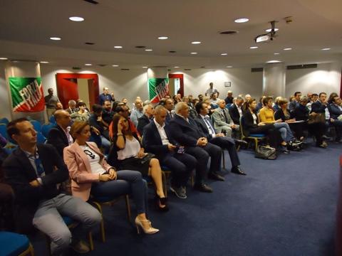 Il congresso di forza italia a trapani un partito sempre for Deputati di forza italia