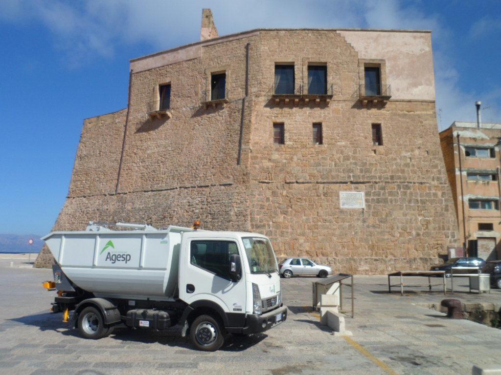 Castellammare:bonificato il territorioda amianto,sfalcied ingombranti abbandonati