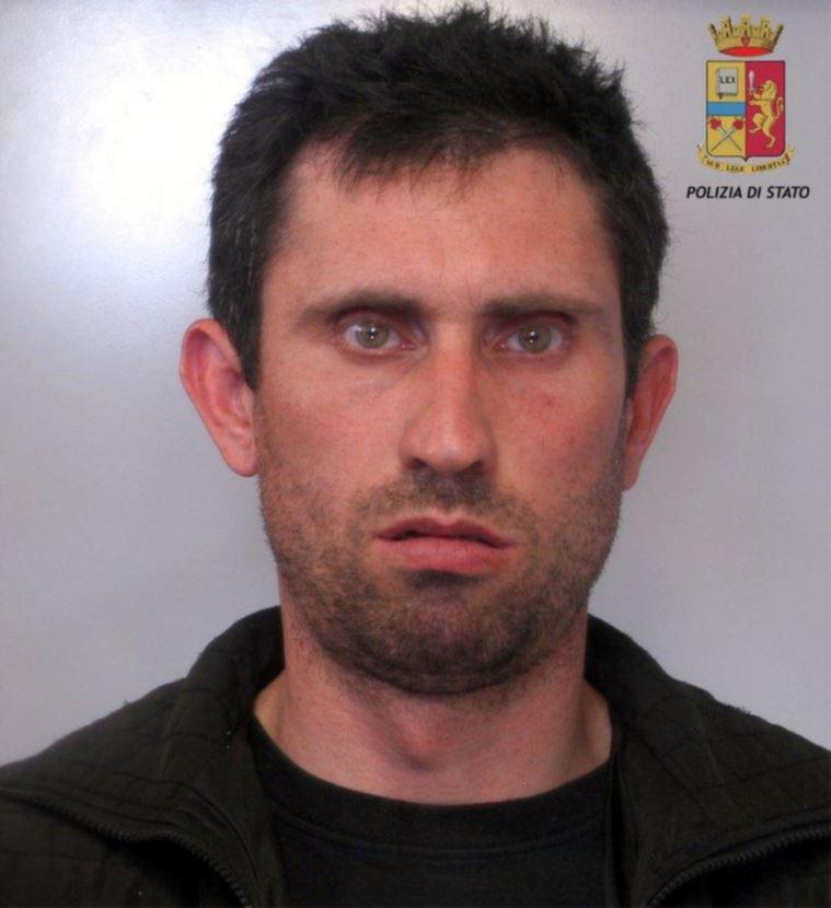 Mazara due arresti per droga for Arresti a poggiomarino per droga