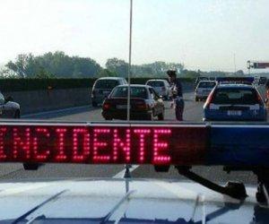 https://www.tp24.it/immagini_articoli/01-01-2018/1514793887-0-polstrada-2017-meno-incidenti-vittime.jpg