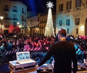https://www.tp24.it/immagini_articoli/01-01-2020/1577860236-0-2020-sicilia-feste-concerti-domani-cominciano-saldi.jpg