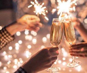 https://www.tp24.it/immagini_articoli/01-01-2021/1609540693-0-sicilia-festa-di-capodanno-con-150-invitati-scoppia-un-focolaio-con-nbsp-58-nbsp-positivi.jpg