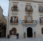https://www.tp24.it/immagini_articoli/01-02-2019/1549009674-0-alcamo-residenza-artisti-ospita-compagnia-teatrale.jpg