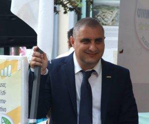 https://www.tp24.it/immagini_articoli/01-02-2019/1549020021-0-mazara-stelle-sindaco-anticipa-premio-letterario-pulisce-spiagge.jpg