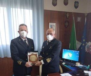 https://www.tp24.it/immagini_articoli/01-05-2021/1619851551-0-guardia-costiera-il-contrammiraglio-isidori-in-visita-istituzionale-a-trapani.jpg