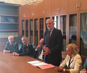 https://www.tp24.it/immagini_articoli/01-06-2017/1496293598-0-mafia-provincia-trapani-parla-prefetto-priolo.jpg
