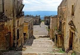 https://www.tp24.it/immagini_articoli/01-07-2021/1625116288-0-sicilian-ghost-town-poggioreale-to-become-a-lsquo-seismic-lab.jpg