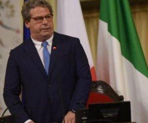 https://www.tp24.it/immagini_articoli/01-08-2018/1533135281-0-costi-politica-sicilia-micciche-oppone-ancora-taglio-vitalizi.jpg
