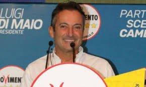 https://www.tp24.it/immagini_articoli/01-08-2018/1533136194-0-ricordate-deputato-velista-mura-eletto-cinque-stelle-adesso-guadagna.jpg