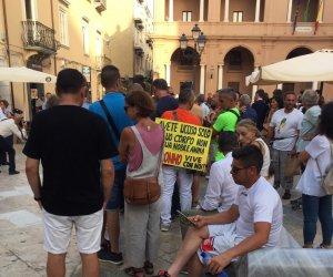 https://www.tp24.it/immagini_articoli/01-08-2021/1627805948-0-com-e-andata-la-manifestazione-dei-no-green-pass-ieri-a-marsala.jpg