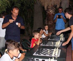 https://www.tp24.it/immagini_articoli/01-09-2016/1472685264-0-scacchi-torneo-scacco-matto-giampaolo-calamia-nuovo-campione.jpg
