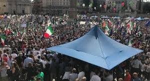 https://www.tp24.it/immagini_articoli/01-10-2018/1538392129-0-mila-piazza-roma-manifestazione-maio-attacca-giornali.jpg