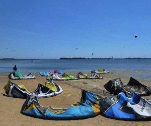 https://www.tp24.it/immagini_articoli/01-11-2016/1478029565-0-marsala-viaggio-nello-stagnone-malato2-lidi-kitesurf-selvaggio-e-mancanza-di-regole.jpg