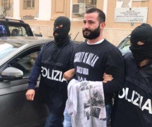 https://www.tp24.it/immagini_articoli/01-12-2019/1575187209-0-sicilia-preso-super-latitante-mafia-fregato-sacchetti-spesa.jpg