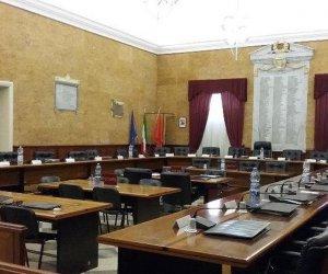 https://www.tp24.it/immagini_articoli/02-03-2021/1614707731-0-marsala-padiglione-covid-il-caso-arriva-in-consiglio-comunale.jpg