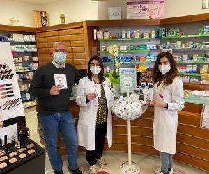 https://www.tp24.it/immagini_articoli/02-05-2021/1619939233-0-leggi-che-ti-passa-libri-in-farmacia-a-marsala-nbsp.jpg