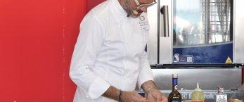 https://www.tp24.it/immagini_articoli/02-07-2019/1562048443-0-cous-cous-fest-trapani-prima-sfida-chef-siciliani.jpg