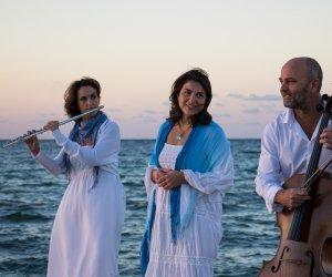 https://www.tp24.it/immagini_articoli/02-08-2018/1533202967-0-trapani-aperitivo-musica-colombaia-animeincanto.jpg