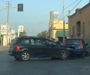 https://www.tp24.it/immagini_articoli/02-09-2021/1630602344-0-il-semaforo-e-spento-due-auto-si-scontrano-incidente-a-marsala.jpg