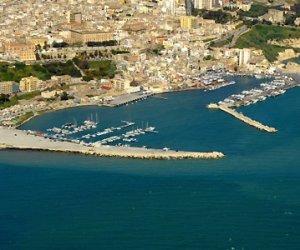https://www.tp24.it/immagini_articoli/02-12-2016/1480660457-0-un-bando-della-regione-siciliana-per-la-valorizzazione-dei-porti.jpg