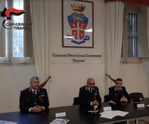 https://www.tp24.it/immagini_articoli/02-12-2018/1543761858-0-trapani-presentato-calendario-storico-2019-dellarma-carabinieri.jpg