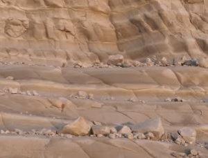 https://www.tp24.it/immagini_articoli/02-12-2019/1575282730-0-scala-turchi-sbriciolando-video-denuncia-dellassociazione-mareamico.jpg