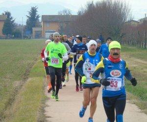 https://www.tp24.it/immagini_articoli/03-01-2018/1515010584-0-podismo-sensazionale-derrico-latleta-marsala-corre-maratone-giro.jpg