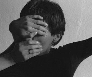 https://www.tp24.it/immagini_articoli/03-02-2020/1580717814-0-abusi-violenze-ecco-luoghi-sicilia-dove-bambini-ragazzi-rischiano.jpg