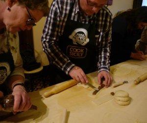 https://www.tp24.it/immagini_articoli/03-03-2017/1488558805-0-trapani-al-via-i-corsi-di-cucina-al-centro-di-cultura-gastronomica-nuara-cook-sicily.jpg