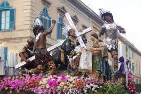 https://www.tp24.it/immagini_articoli/03-04-2020/1585903658-0-misteri-2020-ecco-cosa-organizzano-maestranze-trapani-posto-processione.jpg