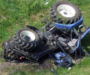 https://www.tp24.it/immagini_articoli/03-05-2020/1588488572-0-castelvetrano-si-ribalta-con-il-trattore-grave-un-anziano-nbsp.jpg