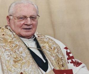 https://www.tp24.it/immagini_articoli/03-05-2021/1620063864-0-castellammare-del-golfo-e-morto-don-paolo-giordano.jpg
