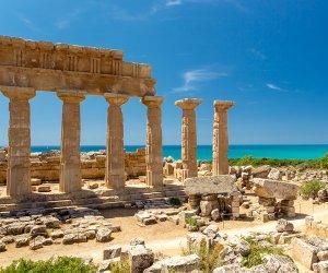 https://www.tp24.it/immagini_articoli/03-06-2020/1591151449-0-sicilia-e-boom-di-visitatori-per-musei-e-siti-archeologici.jpg