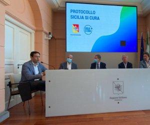 https://www.tp24.it/immagini_articoli/03-06-2020/1591194419-0-sicilia-ecco-l-app-per-i-turisti-bertolaso-estate-tranquilla-ma-in-autunno-torna-il-virus-mio-compenso-1-euro.jpg