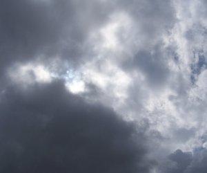 https://www.tp24.it/immagini_articoli/03-08-2018/1533317450-0-fine-settimana-nuvole-pioggia-provincia-trapani-ecco-previsioni.jpg