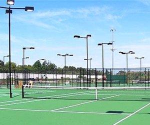 https://www.tp24.it/immagini_articoli/03-10-2013/1380835244-0-impianti-sportivi-il-vincolo-di-destinazione-d-uso-scende-a-15-anni.jpg
