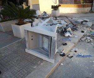 https://www.tp24.it/immagini_articoli/03-10-2019/1570093021-0-marsala-rubati-ciavolo-camion-lescavatore-portare-bancomat.jpg
